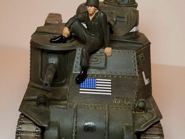 Model of M3 Lee (WW2) - Front View - 1/35 Scale - Built By Wright Built - Revell Models