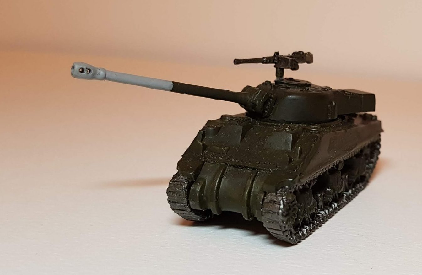 Model of M4 Sherman Firefly (WW2) - View 1 - 1/100 Scale (15mm) - Built By Wright Built - Battlefront Models (Flames of War)