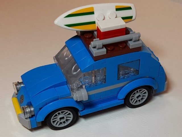 Mini VW Beetle (LEGO 40252) - View 1 - Built By Wright Built