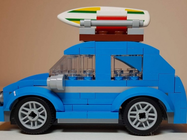 Mini VW Beetle (LEGO 40252) - Side View - Built By Wright Built