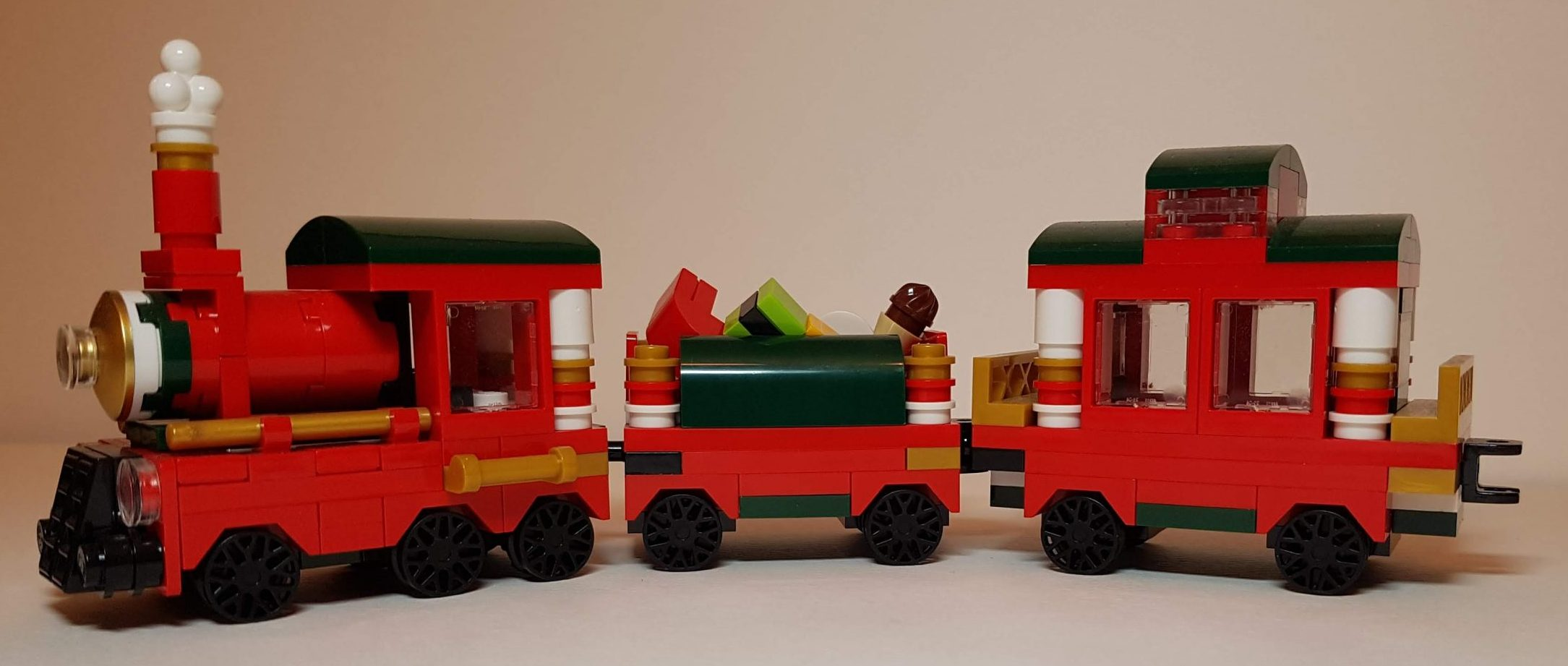 Mini Christmas Train (LEGO 40138) - Side View - Built By Wright Built
