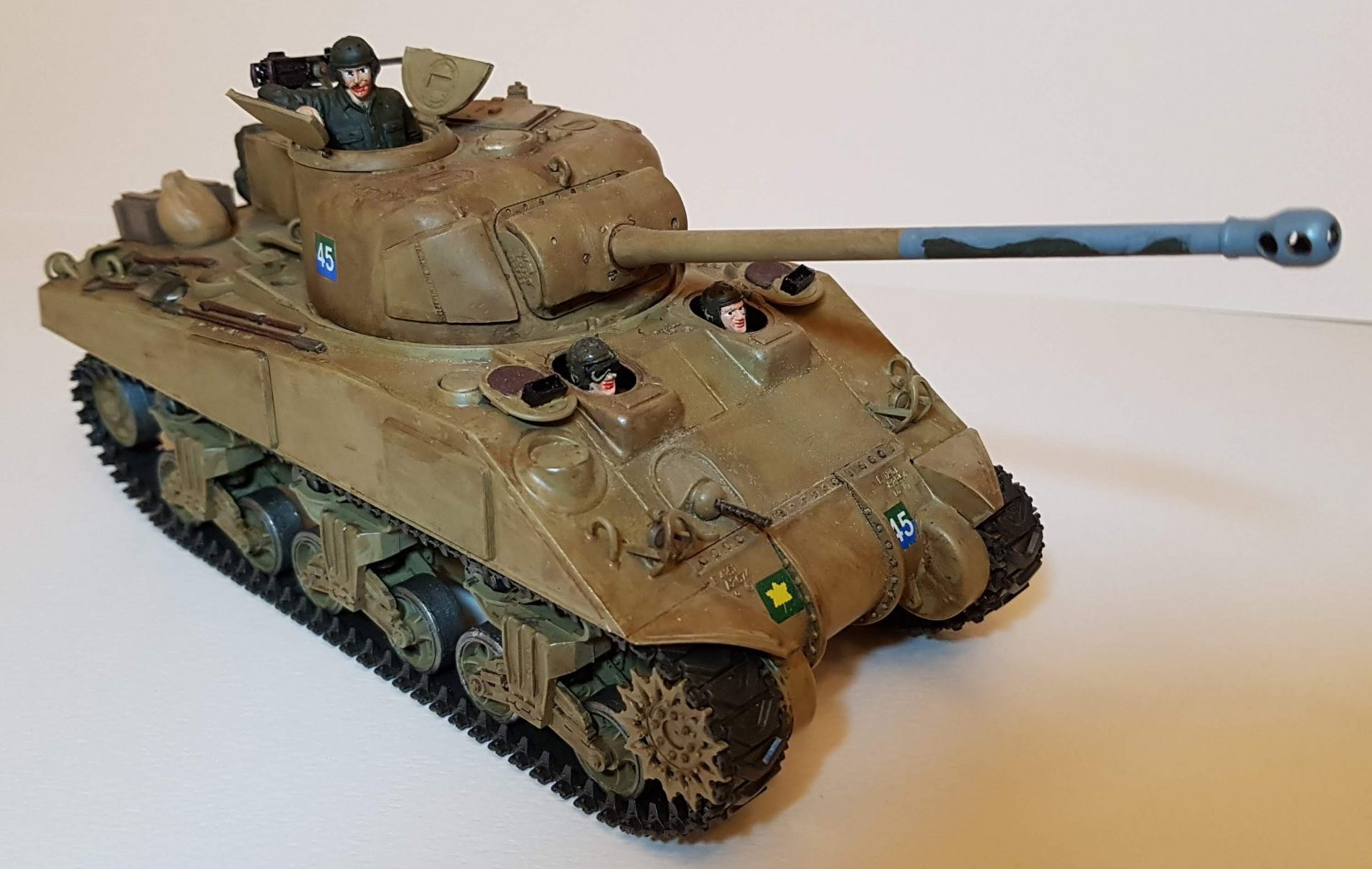 Canadian M4 Sherman (WW2) - View 2 - 1/35 Scale - Built By Wright Built - Tamiya, Formations