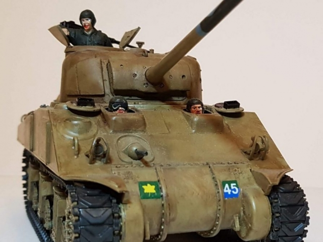 Canadian M4 Sherman (WW2) - View 1 - 1/35 Scale - Built By Wright Built - Tamiya, Formations