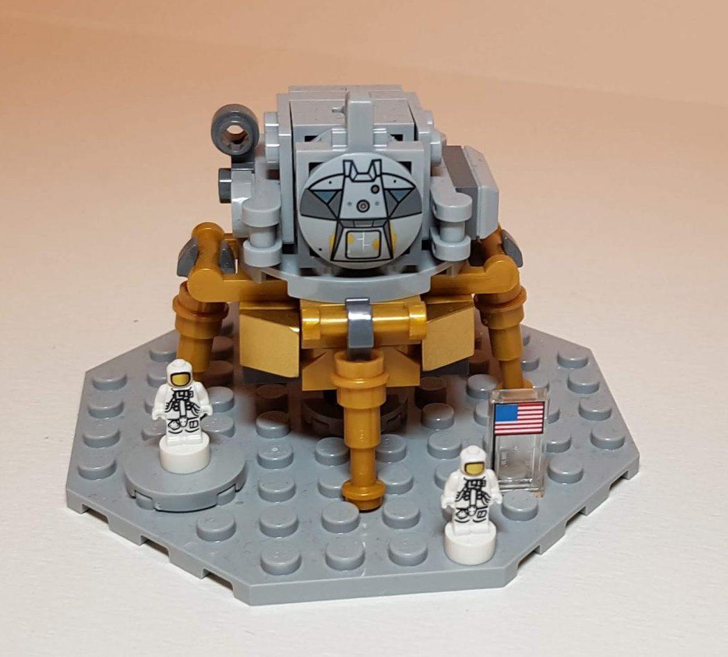 NASA Apollo Saturn V Lunar Lander (LEGO 21309) - Built By Wright Built