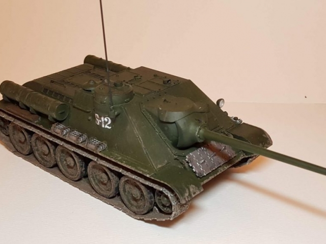 SU-85M - View 1 - 1/35 Scale - Built By Wright Built - Dragon Models